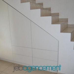 Rangement Sous Escalier – Fermé